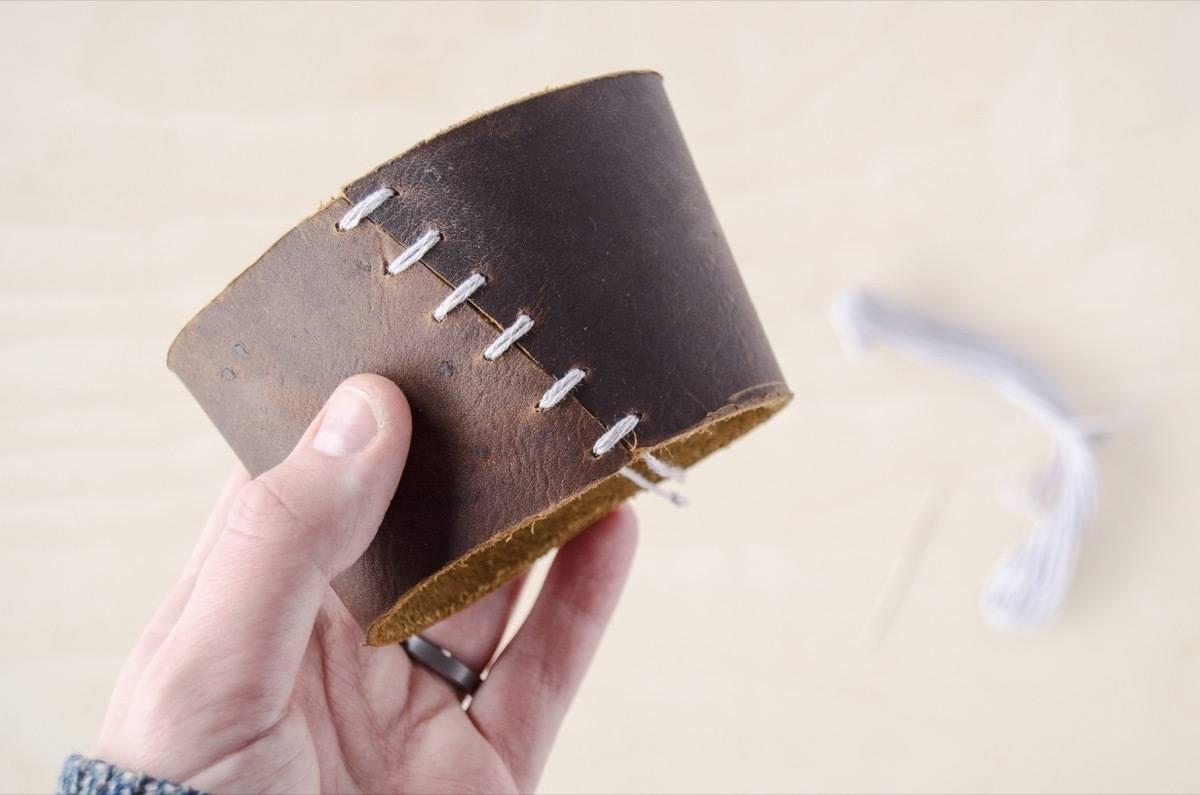 Leather coffee sleeve | Step 5