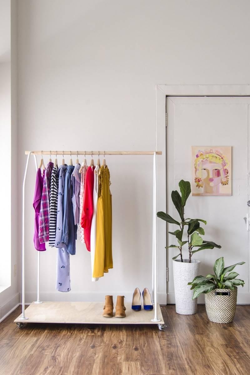 Rolling closet